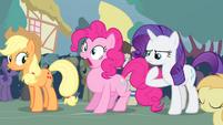 Pinkie Pie inhaling S4E13