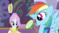 Rainbow Dash eating S2E23