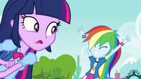 Rainbow Dash marca de novo EG