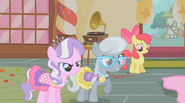 S01E12 Diamond Tiara, Silver Spoon, Apple Bloom