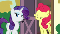 Strawberry Sunrise doesn't like apples S7E9