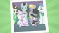 Sweetie Belle and Spike dancing S02E26.png