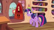 """Twilight """"come on, Spike!"""" S03E13"""