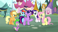 "Twilight ""she'll cheer right back up"" S8E18"