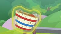 Buckball falls into the basket S9E15