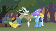 Discord and Trixie (S6E26)