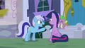 Minuette points at Twilight; has an idea S5E12.png