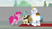 Pinkie Pie shakes Sans Smirk's hoof S9E14