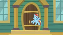 """Rainbow """"the doors aren't even open yet!"""" S9E6"""