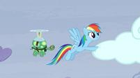 Rainbow pushing the cloud S5E5