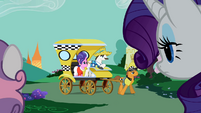 Rarity's parents leaving S2E5