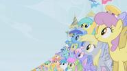 S01E03 Kucyki oglądają pokaz Rainbow Dash