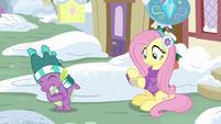 Spike hugging Rarity's paper MLPBGE