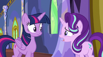 Starlight Glimmer --everypony's acting a little strange-- S6E25