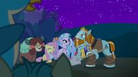 Students laugh at Rockhoof's pun S8E21