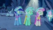 1000px-Minuette, Lyra Heartstrings and Twinkleshine distracted S2E26