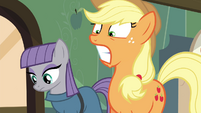 Applejack shocked S4E18