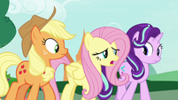 "Fluttershy ""she feels like the lemon"" S7E19"