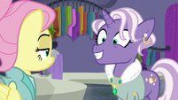 Jeweled Pony agreeing with Fluttershy S8E4