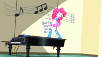 Pinkie drums on walls while on the piano SS10