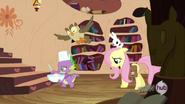 S03E11 Fluttershy idzie za Spike'iem