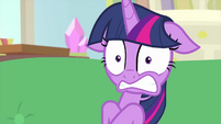 Twilight Sparkle starting to freak out MLPS4