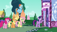 Twilight about to knock on Rarity's door S6E9