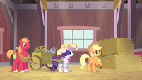 Applejack 'And I don't know anypony' S4E13