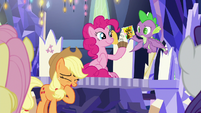 Applejack having a brief laugh S9E14