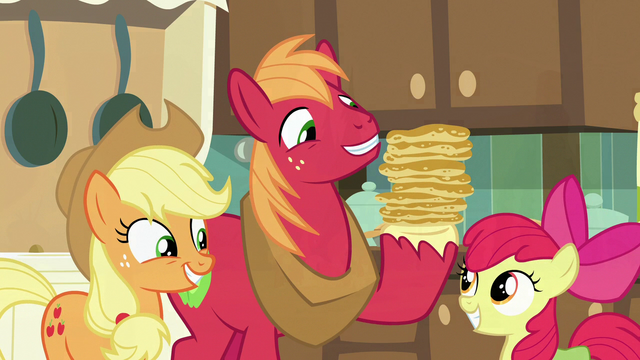 File:Big McIntosh holding tall stack of flapjacks S7E13.png