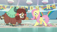 """Fluttershy """"blue, red, step ahead"""" S9E7"""