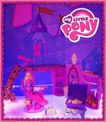 Princess Twilight's new palace toy set