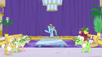 Rainbow Dash suggests grannies take a nap S8E5