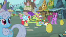S02E12 Kucyki z Ponyville patrzą się na babcię Smith i Apple Bloom