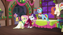 "Snowdash ""Hearth's Warming Eve is just an excuse"" S06E08"