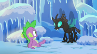 Spike backing away from Thorax S6E16