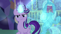 Starlight Glimmer suspicious of Thorax S6E25