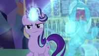 Starlight Glimmer suspicious of Thorax S6E25