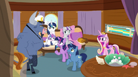 Twilight Sparkle offers Iron Will a deal S7E22
