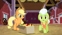 "Granny Smith ""Everypony?"" S3E08"