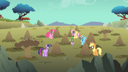 Main ponies mud on face S01E19
