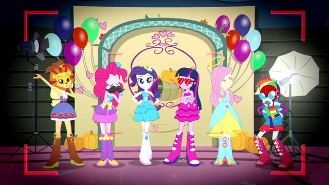 File:Mane Six posing with various photo props SS2.png