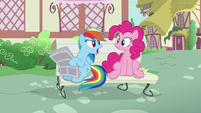 "Rainbow Dash ""no, Pinkie!"" S7E18"