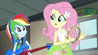 Rainbow shaking her head at Fluttershy EG2