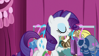 Rarity with renewed confidence S7E9