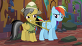 Daring pulls ropes off of Rainbow Dash S6E13.png