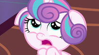 Flurry Heart frightened by Twilight's roar S7E3