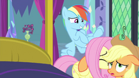 Fluttershy helps Applejack up MLPS2