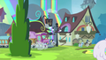 Friendship Express pulling into Rainbow Falls station S4E22.png