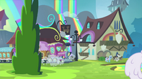 Friendship Express pulling into Rainbow Falls station S4E22